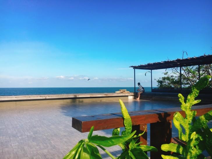 タイの家族旅行にはビーチリゾートのホアヒンが最適。レンタカーで行けます。