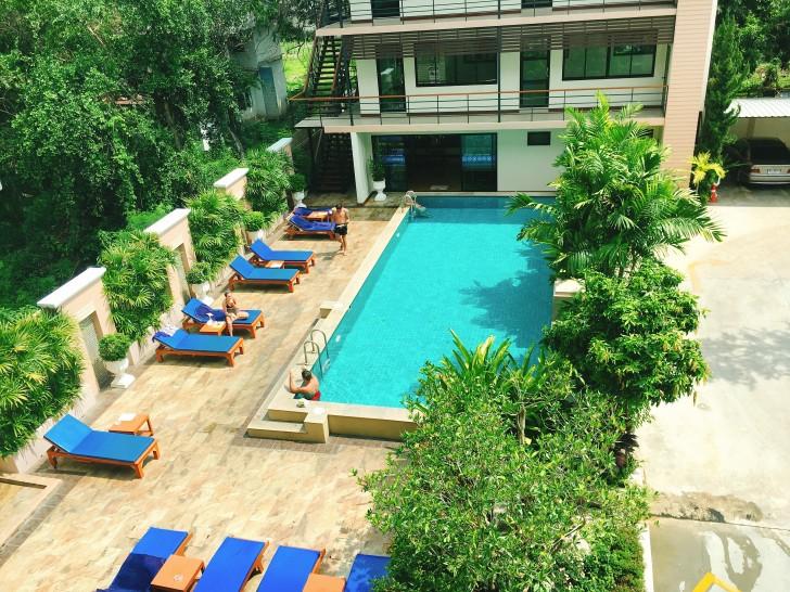 チェンマイの安いのに良いおすすめホテル。ジムプール付きで一泊2,000円