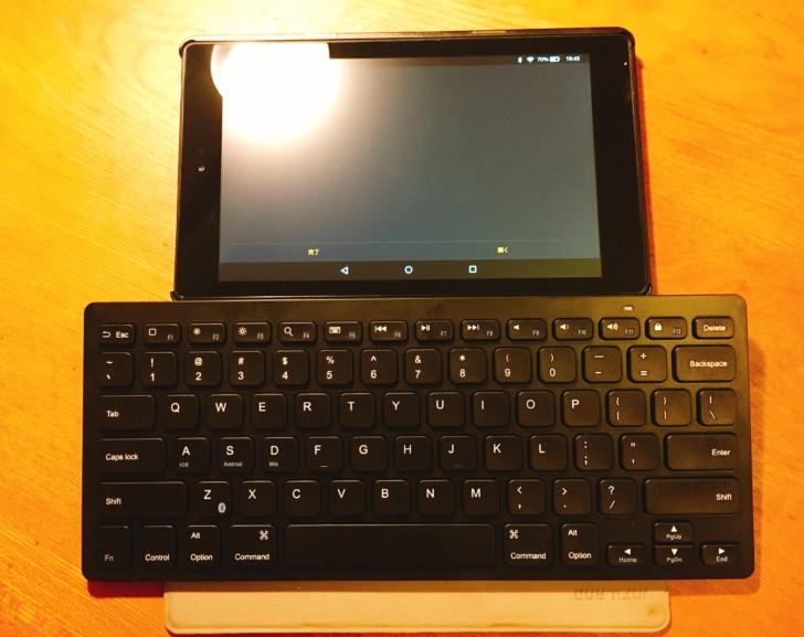 旅行用に軽くて小さいパソコンKindle fire HDとbluetoothキーボード