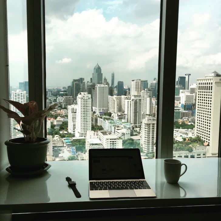 出張族には世界中で利用できるレンタルオフィス「Regus」リージャスのラウンジが便利